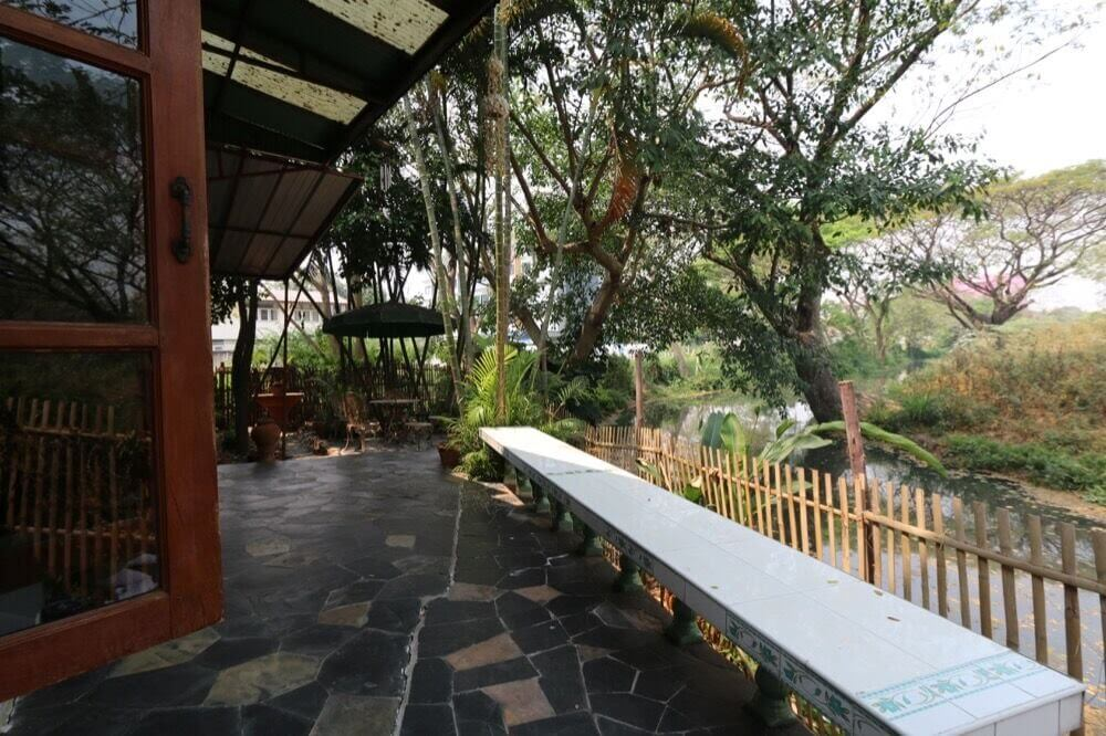 Admirable 2 Bedroom Townhome With Secret Garden Near Old Town Thai Andrewgaddart Wooden Chair Designs For Living Room Andrewgaddartcom